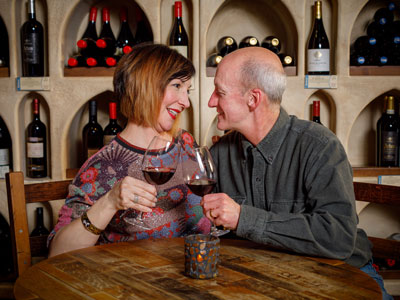 Wine tasting with couple