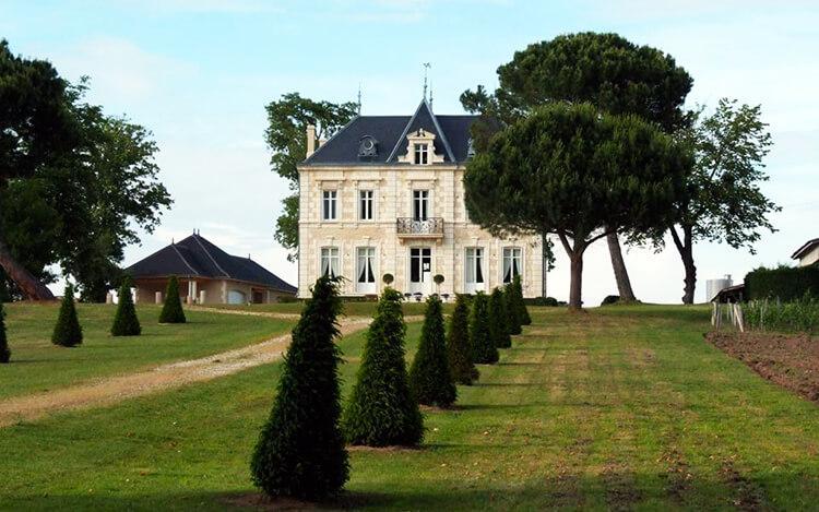 de-bel-air-chateau-allee-750